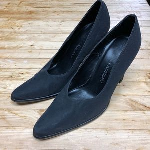 Chinese Laundry Size 7.5 Blacke Suede Pumps